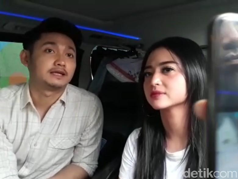 Foto: Dewi Persik dan Angga (Desi/detikHOT)