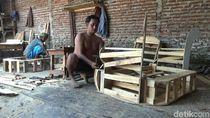 Jelang Lebaran, Pengusaha Mebel di Pasuruan Raup Untung