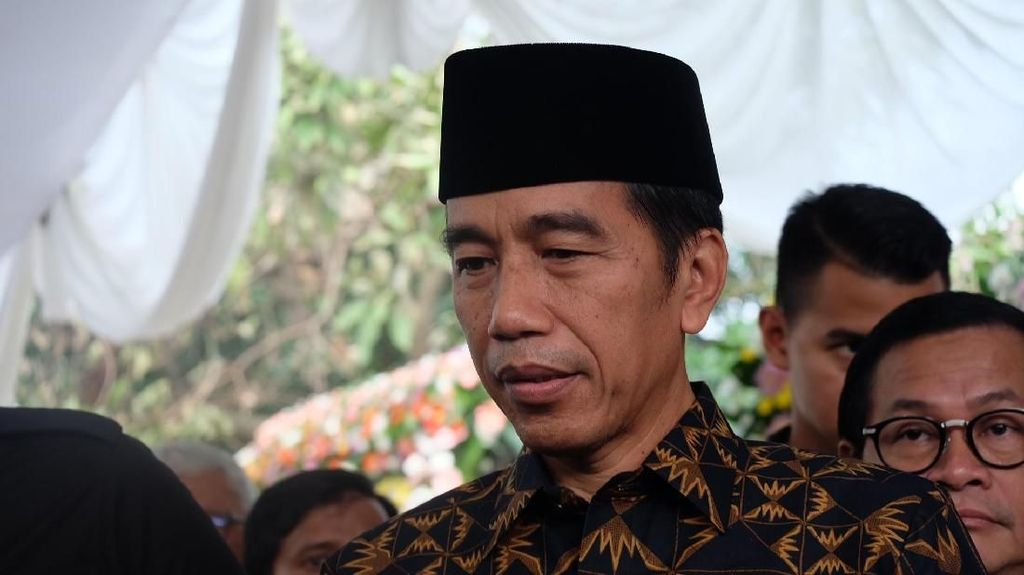 Aturan Ambang Batas Capres Digugat ke MK, Ini Kata Jokowi