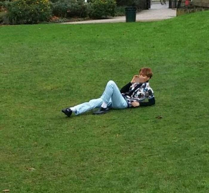 Anggota EXO lain yang ketahuan merokok adalah Kai. Foto ini pun menjadi kontrovesial. Foto: Koreaboo