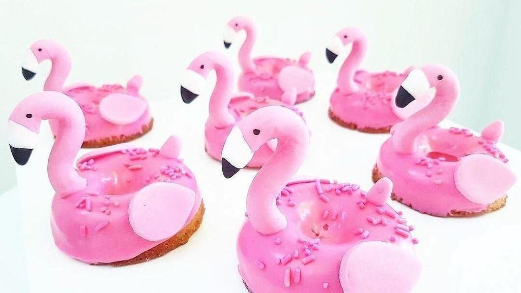 Serba Pink! Ini Biskuit dan Cupcake Bertema Flamingo yang Bikin Gemas