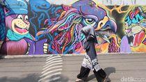 Melihat Kreativitas Warga Jagakarsa Sambut Bulan Ramadan dengan Mural