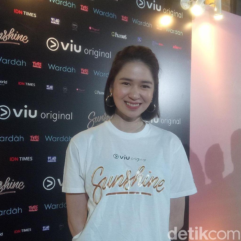 Laura Basuki Rela Potong Rambut Pendek Demi Drama Sunshine