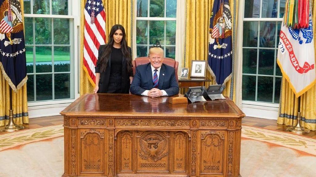 Batal Bertemu Kim Jong-Un, Donald Trump Malah Jumpai Kim Kardashian