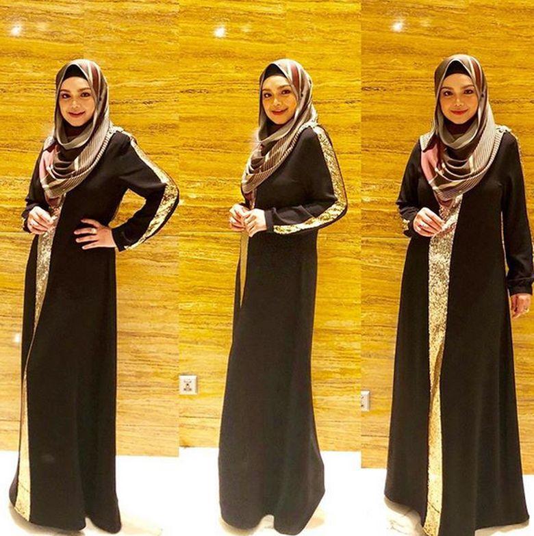 Setuju ya kalau penampilan Siti Nurhaliza semakin mempesona. Foto: Dok. Instagram/ctdk