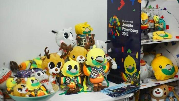 Suvenir Asian Games 2018 sudah didistribuskan sejak Desember 2017. Antara lain ada di Sarinah Departement Store, Sogo, dan Gramedia. (dok. INASGOC)