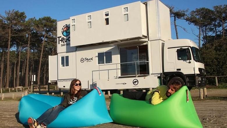 Foto: Hotel keren dari truk buat para surfer (Truck Surf Hotel)