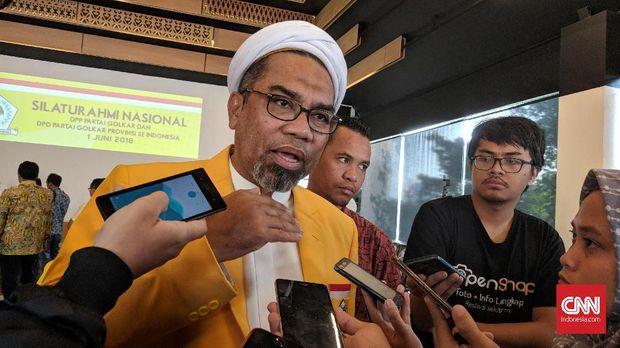 Ali Ngabalin, Tameng Istana di Lingkar Komisaris Timses Jokow