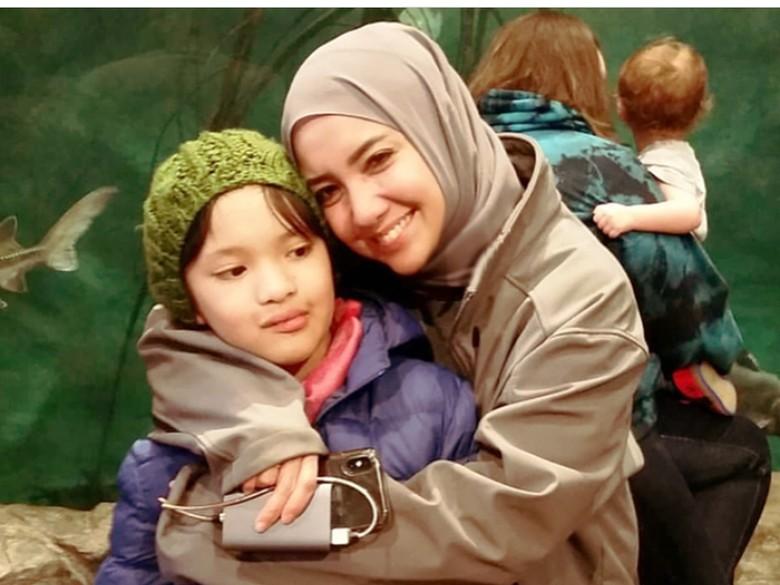 Aktif Lagi di Instagram, Tia Ivanka Makin Islami