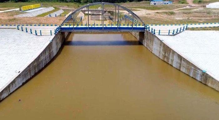 Bendungan yang memiliki kapasitas tampung sebesar 2,43 juta m3, siap dimanfaatkan untuk memasok kebutuhan air baku Kota Balikpapan yang mengalami kekurangan. Pool/Kementerian PUPR.