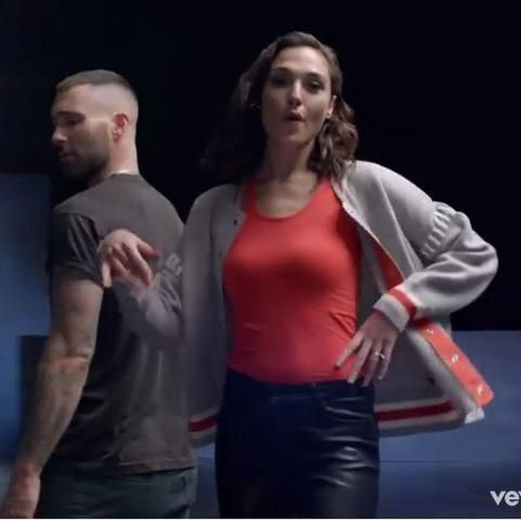 Girls Like You Maroon 5 Belum Terkalahkan di Puncak Chart