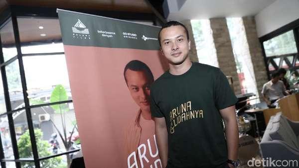 Hey Girls! Nicholas Saputra Jadi Chef di Aruna dan Lidahnya