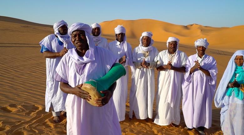Syahdunya Senandung Pujian Ilahi dari Gurun Sahara