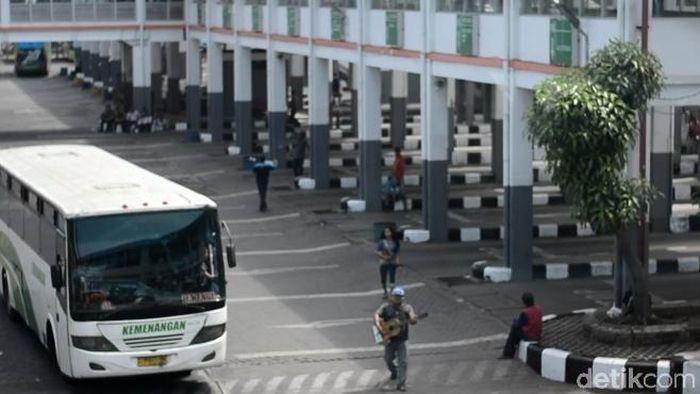 Terminal Purabaya Siapkan 150 Armada Bus Tambahan