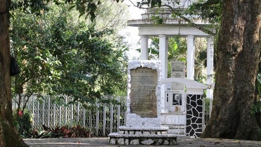 Wasiat Bosscha yang Ingin Dimakamkan di Tengah Kebun Teh Malabar