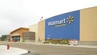 Walmart Protes Logonya Dicontek Yeezy Milik Kanye West