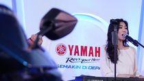 Blue Core Yamaha Motor Show Ajak Isyana Sambangi Palu