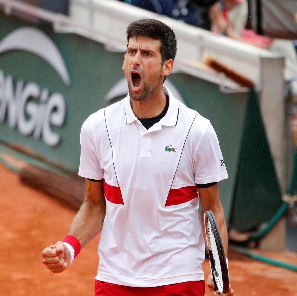 Tarung Empat Set, Djokovic Pijak Babak 16 Besar