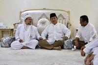 Prabowo dan HRS: Dulu Janjikan Pulang, Kini Pelajari Pencekalan