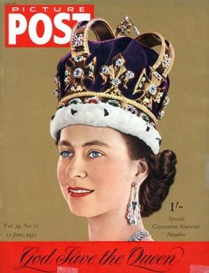 Kilas Balik 65 Tahun Ratu Elizabeth II Pimpin Inggris