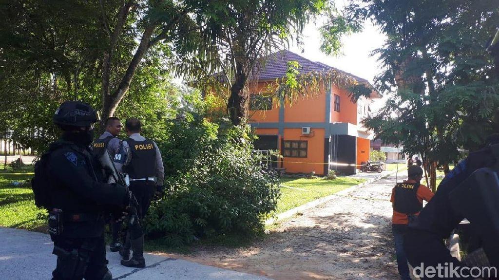 Polisi Sita Granat hingga Bom Pipa dari UNRI