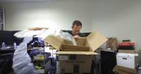 Kocak! Amazon Kirim Satu Bungkus Oreo dengan Kardus Besar