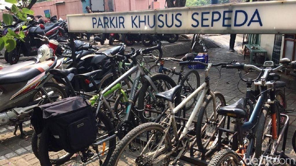Jumlah Sepeda Parkir di Mal Naik Terus, Bakal Ditarifin Nggak Ya?