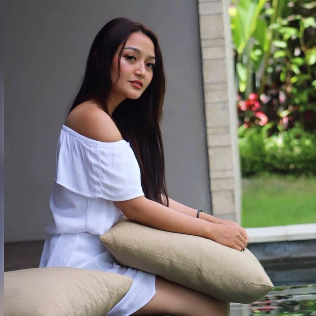 Luar Biasa! Lagi Syantik Siti Badriah Tembus 100 Juta Views