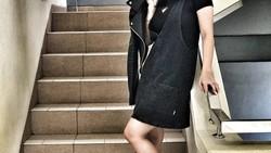 Siti Badriah punya bentuk badan yang terlihat segar dan bugar. Hmm apa ya rahasia yang dijalankan oleh pelantun lagu Lagi Syantik ini?