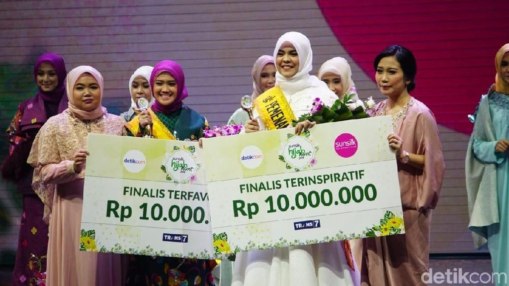 Rizky Febian Tutup Grand Final Sunsilk Hijab Hunt 2018 dengan Alhamdulillah