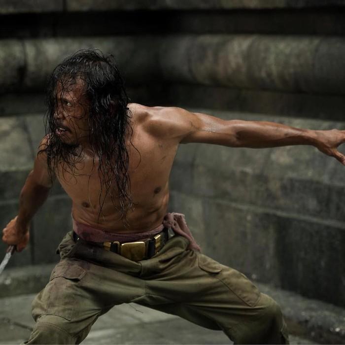 Yayan Ruhian, pesilat dan aktor kebanggaan Indonesia ini berhasil mendapatkan peran dalam film John Wick 3. Sebelumnya ia sukses memerankan tokoh Mad Dog dalam film The Raid dan juga berkesempatan dalam unjuk gigi di film Beyond Skyline pada tahun 2017. (Foto: Instagram/yayanruhian)