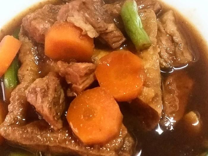 Lagi Cari Bumbu Semur Daging? Ini Sajian nan Gurih Manis untuk Idul Adha/Foto: Instagram