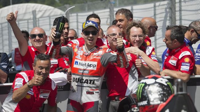 Jorge Lorenzo dan Ducati akan berpisah di akhir musim 2018. (Foto: Mirco Lazzari gp/Getty Images)