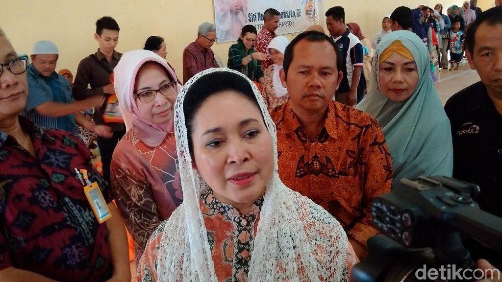 Titiek Soeharto Sebut Rp 50.000 Dapat Apa, Bisa Beli Ayam hingga Tempe