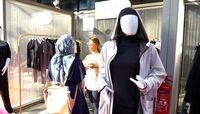Bertemu desainer asal Inggris Yasmin Sobeih.