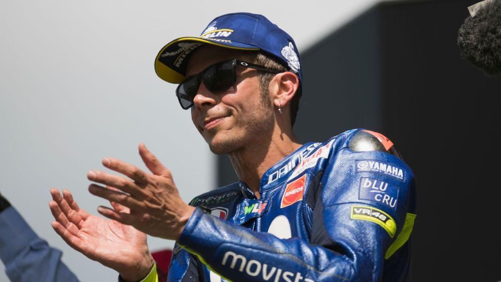 Valentino Rossi Sibuk Coba-coba Ban di Latihan Bebas MotoGP Catalunya
