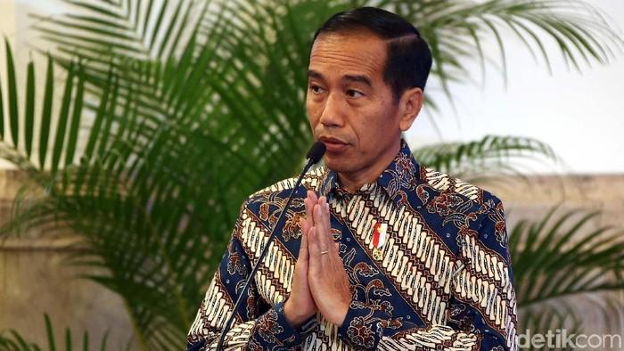 Presiden Jokowi menerima laporan hasil pemeriksaan atas laporan keuangan pemerintah pusat (LHP LKPP) dari Badan Pemeriksa Keuangan (BPK).