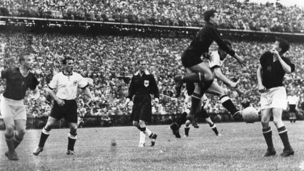 Suburnya Piala Dunia 1954: Banyak Hat-trick, Ada 12 Gol di Satu Laga