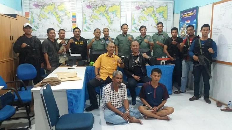 TNI AL Tangkap 3 Perompak Kapal di Batam