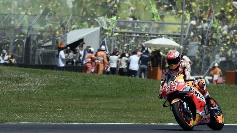 Crash-nya di MotoGP Italia Disambut Sorak Sorai, Ini Respons Marquez