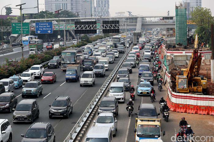 Salah satu kebijakan yang disusun adalah perluasan ganjil genap di ruas jalan utama ibu kota. Bagaimana kesiapannya?
