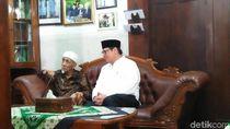 Ketum Golkar Sowan Mbah Maimoen di Rembang