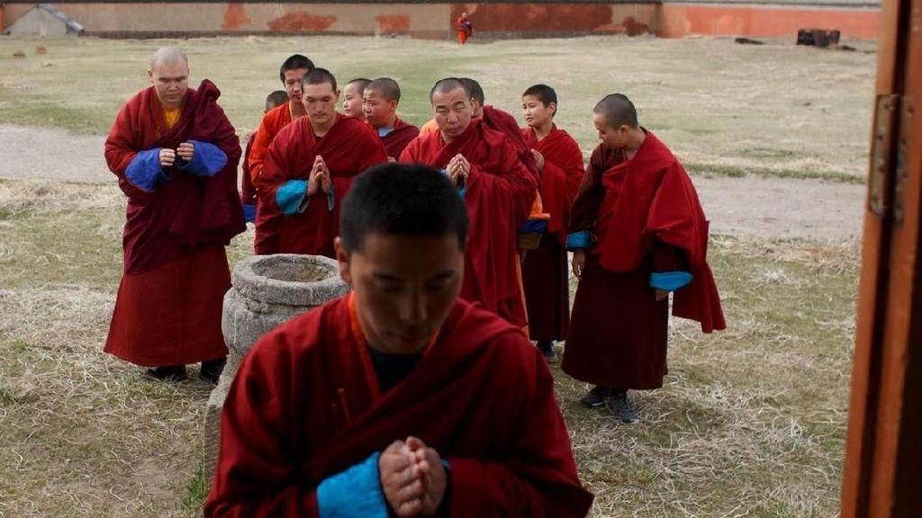 Foto: Biksu Milenial di Mongolia