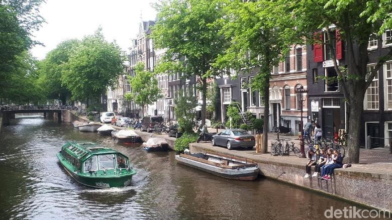 Kota Amsterdam yang populer dengan kanalnya (Afif Farhan/detikTravel)