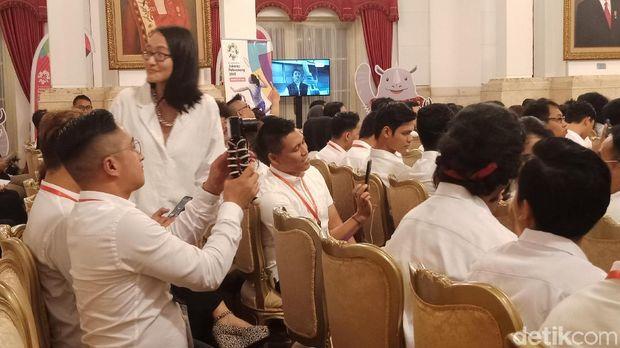 Jokowi Undang Vlogger-Artis ke Istana, Minta 'Demamkan' Asian Games