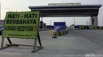Tol Pejagan-Cikampek Padat Jelang Rest Area Km 229