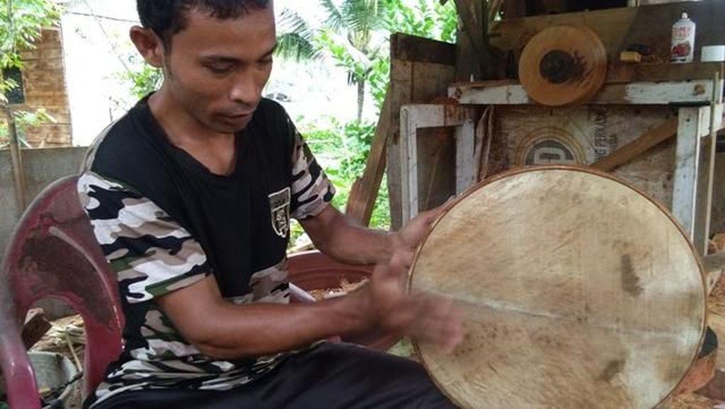 Tembus ke Sidney, Ini Kisah Pembuat Alat Musik Tradisional Aceh