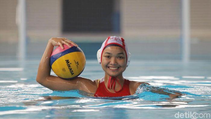 Atlet Timnas polo air putri, Alya Nadira (Agung Pambudhy/detikSport)