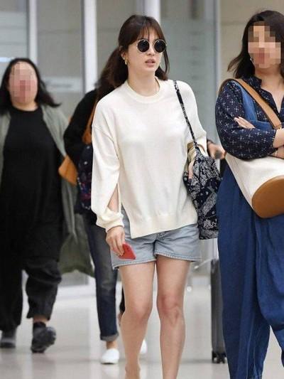 Penampilan Song Hye Kyo bikin gagal fokus Foto: ist.
