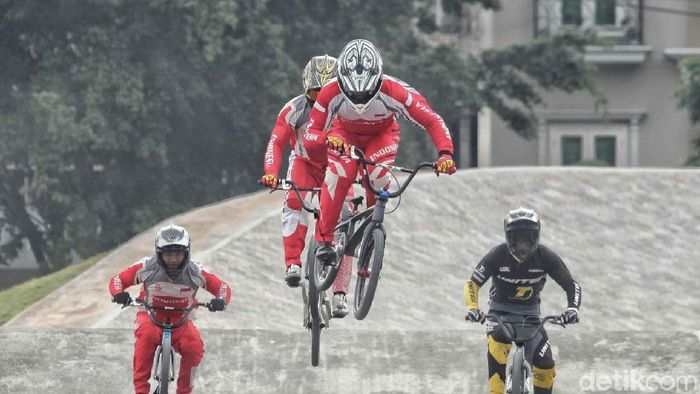 Atlet BMX Indonesia beraksi di Asian Games 2018 (Pradita Utama/detikSport)